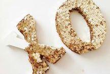 METALLICS #15/16 / Zilver, rosé, brons en goud..prachtige materialen geïnspireerd op rijke metalen. Ook glinsterende details geven de nieuwste zomer collectie die metallic touch. Shop online op www.marjonsnieders.nl Gratis verzenden * & gratis retourneren.