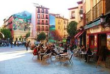 Spain - Barcelona / Immerse yourself in the culture by living with a host family, volunteer, study alongside Spanish students, and enjoy the amazing architecture, food, and vibrant street life of Barcelona!
