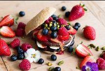 Pancakes, Waffeln, Donuts & Co. Rezepte / Genuss beginnt schon beim Frühstück, am liebsten mit Pancakes, Waffeln, Donuts und Co.  Süße Rezepte • Frühstück • Frühstücksrezepte • Waffeln • Waffle Recipes • Waffles • Pancake • süße Rezeptideen • Breakfast • Waffelrezepte • sweet Breakfast