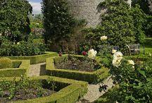 അ Historical and Botanical Gardens around the Worldഅ / Some our oldest and most cherished gardens around the world.  Follow our board and join us for a colorful trip. STARTING NOW, PLEASE ONLY PIN LARGE! VERTICAL PINS.