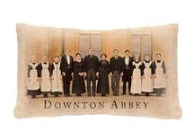 Downton Abbey Home Decor / Heritage Lace has obtained the licensing rights for an extensive line of well-crafted home décor and textiles associated with the award-winning PBS series Downton Abbey.  The new Heritage Lace collection captures the color, texture and tactile appeal of fine laces, sheers, linens, velvets, burlap, natural wovens and embroideries that would be right at home in Highclere Castle – and fit right in with modern tastes and sensibilities.