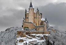 Best Locations in Spain. / Places you must visit while in Spain.