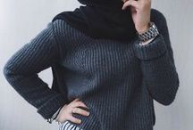 Look / Plz. Hijabis dont show your neck or arms or feet...that is not allowed