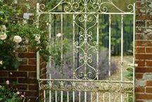 Kertkapu, garden gate <3