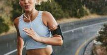 Laufen für Anfänger // So wirst du zum Läufer / Laufen ist gesund, Laufen macht Spaß und Laufen macht den Kopf frei. Aber, aller Anfang ist schwer.  Oft fällt es Laufanfängern schwer motiviert zu bleiben und dauerhaft laufen zu gehen. Hier findest du alle wichtigen Infos, wie du als Laufbeginner am Ball bleibst und dauerhaft gefallen am Laufen findest.  #laufanfänger #joggen #laufenverbindet