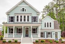 Beautiful Homes / Beautiful homes, coastal homes, farmhouse homes, country homes. Coastal style, farmhouse style, fixer upper style.