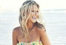 Entretien des cheveux blonds / Les cheveux blonds sont magnifiques... si ils sont entretenus, soins, shampoings pour cheveux blonds.