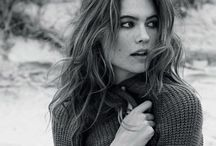 Behati Prinsloo / One of the beautifulest models in my opinion.