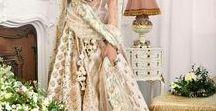 Tradiționale Indian Sarees