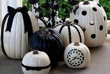 Halloween / Everything spooky, scary and fun for #Halloween!  #crafts #decorations #fall #pumpkins