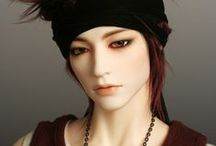 Variety of Dolls / Ball Jointed Dolls (BJD), Blythe and other dolls of interest or that catch my eye! / by Farrah Fawcett