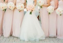 PINS I LOVE | BRIDESMAIDS / All things Bridesmaids, Bridesmaid Dresses, Poses for wedding group, wedding party posing ideas
