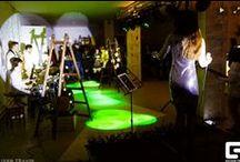 MAKARONKA: Space / MAKARONKA — принципиально новый арт-центр, объединивший на одной площадке сразу несколько важных культурных направлений: театр, кино, музыку и современное искусство.Площадка подходит для проведения мероприятий различного формата: модные показы;презентации (в том числе презентация автомобилей); концерты, вернисажи и мн.др. Информация об условиях аренды по тел.247-35-17