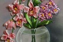 vyšívání stuhou + květy ze stuh