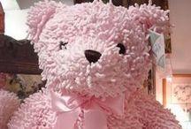 Ma vie en rose - My life in pink / Se souvenir des couleurs de l'enfance où tout était doux et rassurant. Les petites filles aiment le rose, parfois les grandes aussi....