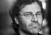 Carl de Keyzer | masters of photography / Carl De Keyzer (Kortrijk, 27 december 1958) is een Belgisch fotograaf - Carl De Keyzer (born 27 December 1958) is a Belgian contemporary photographer.