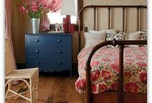 Home Decor: Guest Room / Interior design ideas and suggestions for guest rooms, secondary bedrooms, or small bedrooms.