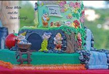 Snow White for my girls! / Cake Design