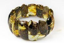 Bracelet Ambre / Découvrez notre collection unique de bracelet en Ambre naturel de la baltique accompagné d'Argent 925/1000 ou tout Ambre.