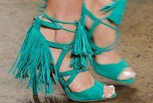 Moda / Zapatos / Todas amamos los zapatos y la que esté libre de pecado que tire el primer par
