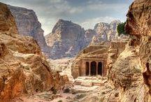 TOUR TA - Giordania / Città scomparse, racconti biblici e paesaggi incantati: ecco cosa offre un viaggio in Giordania. Uno dei paesi più ospitali e accoglienti del mondo nonché uno dei più sicuri del vicino Oriente