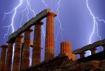 Lightning Photos / Some fantastic photography of Mother Nature
