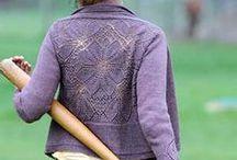 Knitting with cables and crochet - Strikking: hullmønster, fletter og tips