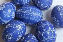 EASTER Egg Designs / HAVE YOU DECORATED YOUR EGGS YET? - Egg'cellent DIY ideas on decoraing Easter eggs  for lazy bones. If you're like me, use already existing ideas from other pinners. Easy & All-in-one-place! ............... #eastereggcoloringideas #eastereggdesigns #eastereggsideas #cooleastereggideas #eastereggdyingideas #creativeeastereggideas