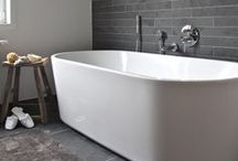 Bathroom Remodeling Inspirations / Here you'll find interesting ways to make your bathroom, large or small, your own. Get affordable luxury from your own home with Maykke.