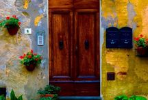 | Ouvre la Porte | / Doors from all over the world.