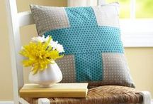Perfect DIY Pillows / by How To Sew