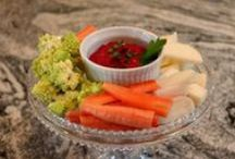 Roasted Beet Hummus / Find the recipe at www.thefarmerandthefoodie.com
