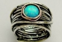 Jewelry Wish List / by Melissa Allen