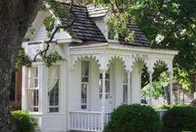 Cottages: Keeping it Simple / by Penelope Jordan
