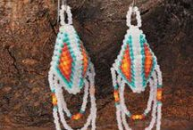 Southwestern & Native American Beadwork / Native American bead designs are famous for using a multitude of beautiful colors and patterns. Southwestern-style beading designs feature similar color palettes, patterns, and design motifs. Find inspiration for your next Native American and Southwestern-style beadwork projects here!