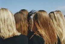 COLOR TORTILLA DE PATATA / La luz de la mañana entra a la habitación,  Tus cabellos dorados parecen sol.