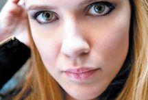 SARA CANNING / Sara Canning as Jenna Sommer