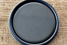 Chalk Paint® Graphite / Graphite is a soft black made with purplish blues and brown and is not completely black. When waxed it becomes a beautiful black like dark slate.