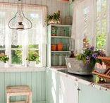 Keittiö / Hellaa, kaappia,pöytää - ratkaisuja niin sisällä kuin ulkona.