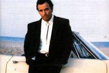 Bruce Springsteen / Kompletní diskografie zpěváka Bruce Springsteena. Všechny tituly z této nabídky na CD zakoupíte v internetovém obchodě VV music shop.cz.