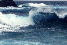 The calm/wild sea