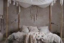 S l e e p / Bedding and dreamy spaces