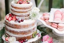 Wedding Cake Inspiration / Inspiration to help you choose the best cake of your life! Including ones from our very own suppliers at Blackstock!