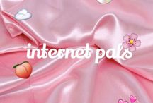 internet pals / just a cute lil community of pals   - ̗̀ pls only share aesthetic pics and chat in comment sections  ̖́-