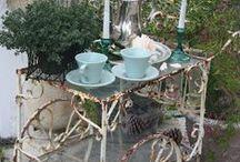 Tea Carts and Parties / Tea carts