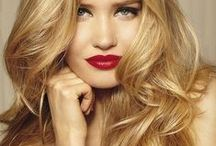 Hair light blond