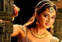 Telugu actress in traditional jewellery