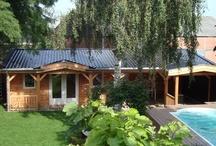 Bed & Breakfast Bergschenhoek / Prachtige Bed & Breakfast met 2 kamers met verwarmd buitenzwembad. Kamers met eigen entree vanuit de tuin en privé badkamers. Sfeervol ingericht.