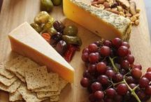 Cheese Boards / Trying to decide what to pair with your Sartori cheese?  We've got the answers!