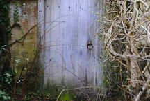KNOCK -KNOCK / GOING SOME-WHERE, UNLOCKING, ENTERING AND EXITING INTO NO WHERE